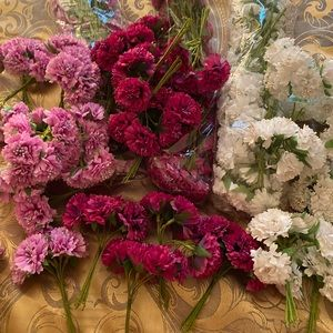 Lot 75 artificial silk flowers Pink Purple White